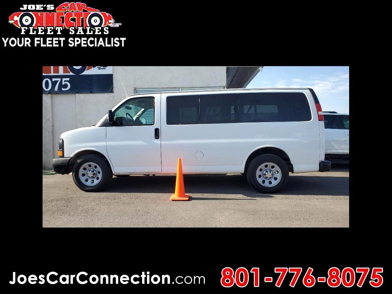 "Chevrolet Express Passenger RWD 1500 135"" LS 2013"