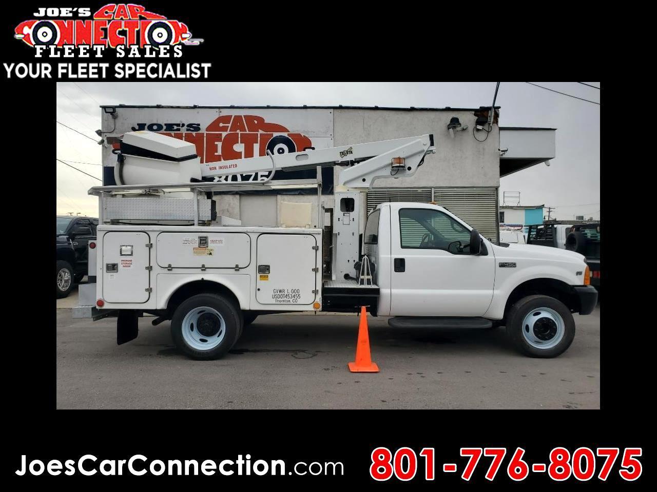 """Ford Super Duty F-450 Reg Cab 141"""" WB XL 2000"""