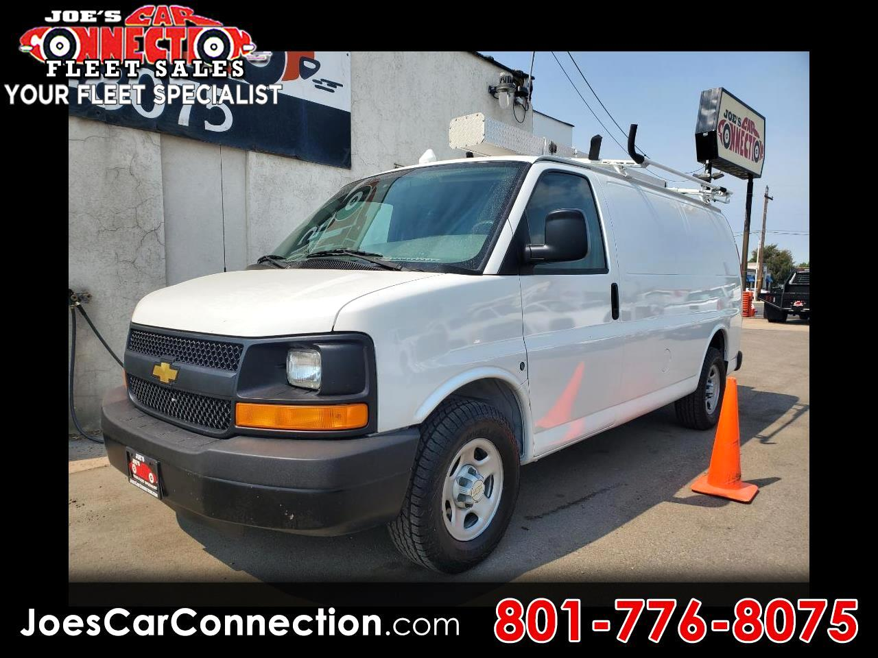 "Chevrolet Express Cargo Van 1500 135"" WB RWD 2005"