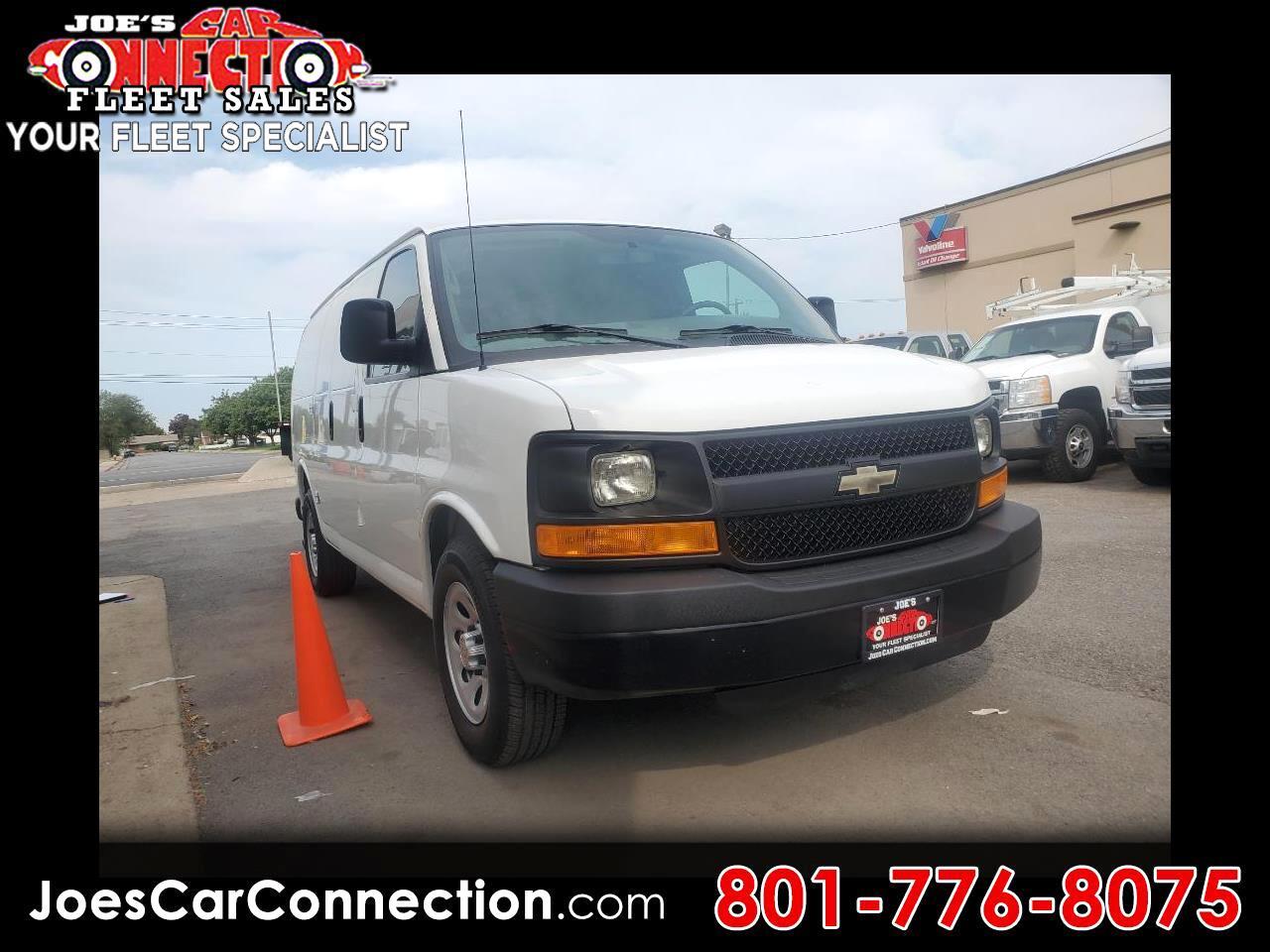 """Chevrolet Express Cargo Van RWD 1500 135"""" 2013"""