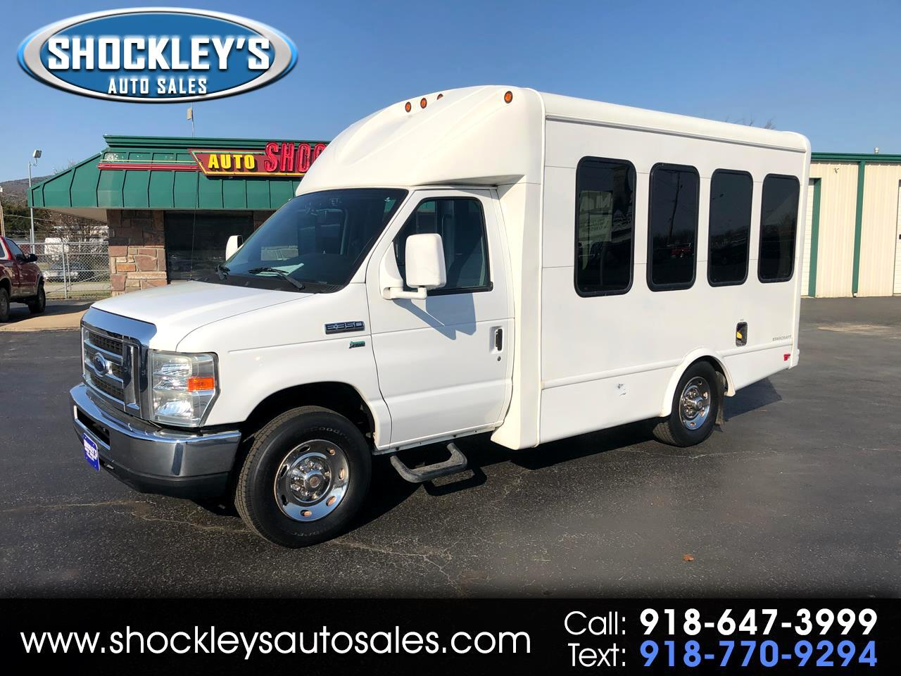 "2011 Ford Econoline Commercial Cutaway E-350 Super Duty 138"" 5-Spd SRW"