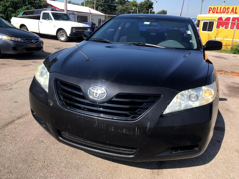 Toyota Camry LE 6-Spd AT 2008