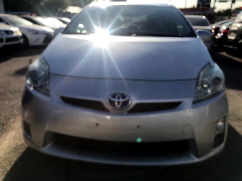 Toyota Prius Prius V 2010