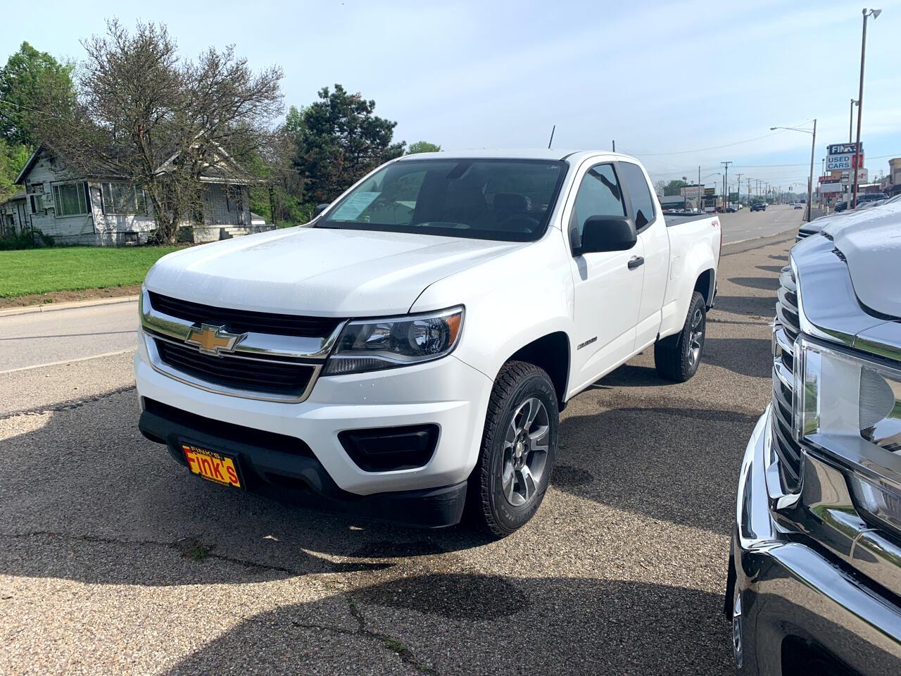 """Chevrolet Colorado 4WD Ext Cab 128.3"""" WT 2016"""