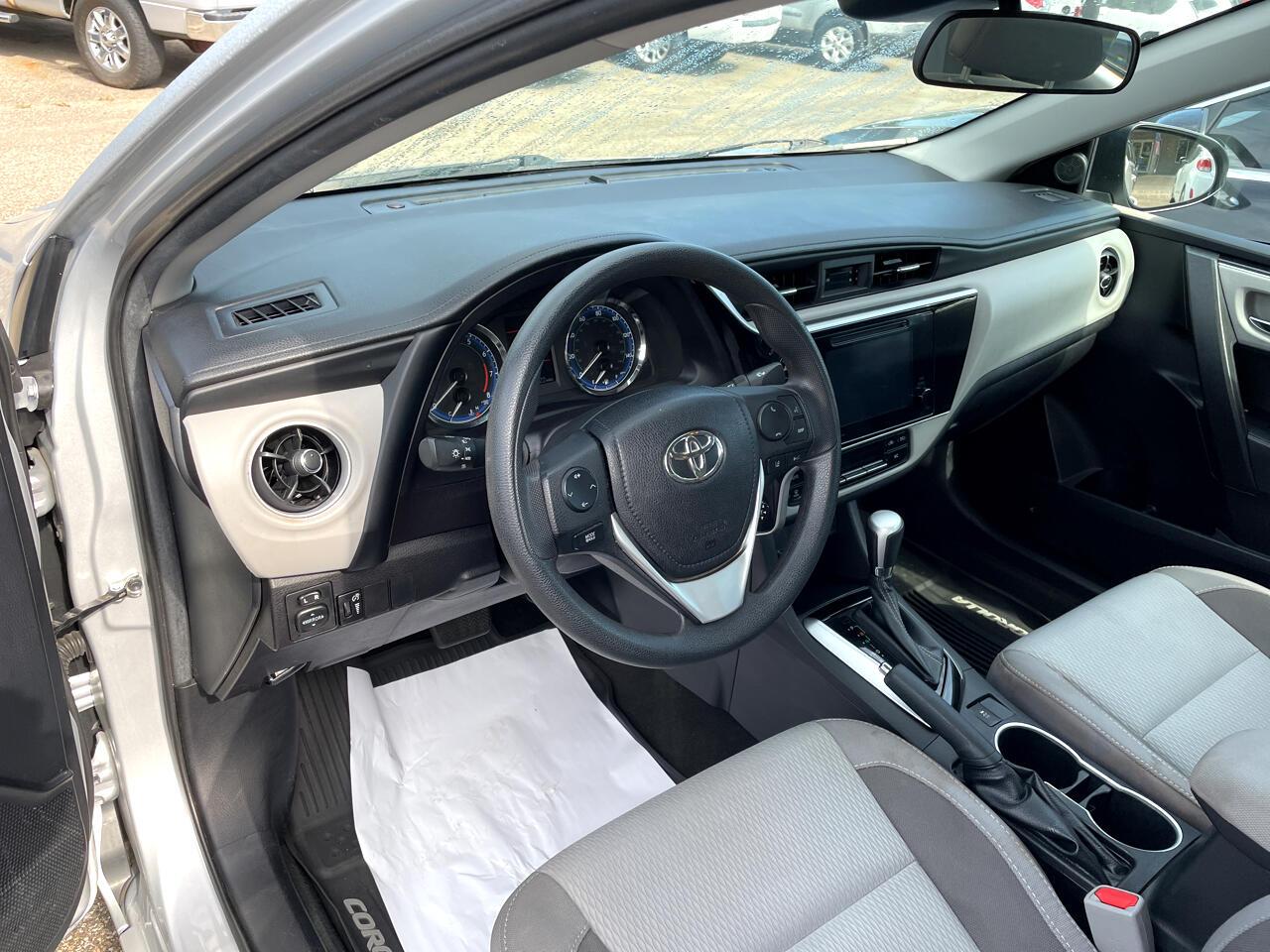 Toyota Corolla LE CVT (Natl) 2018