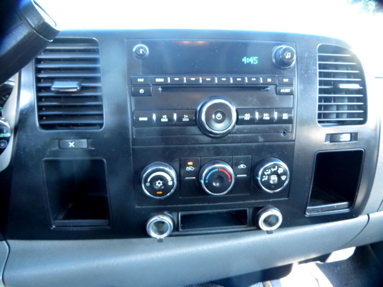 "Chevrolet Silverado 3500HD 2WD Crew Cab 167"" DRW Work Truck 2010"