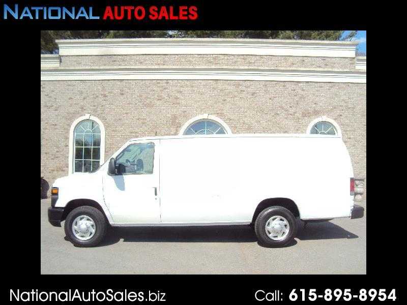 Ford Econoline E-350 Super Duty Extended 2012