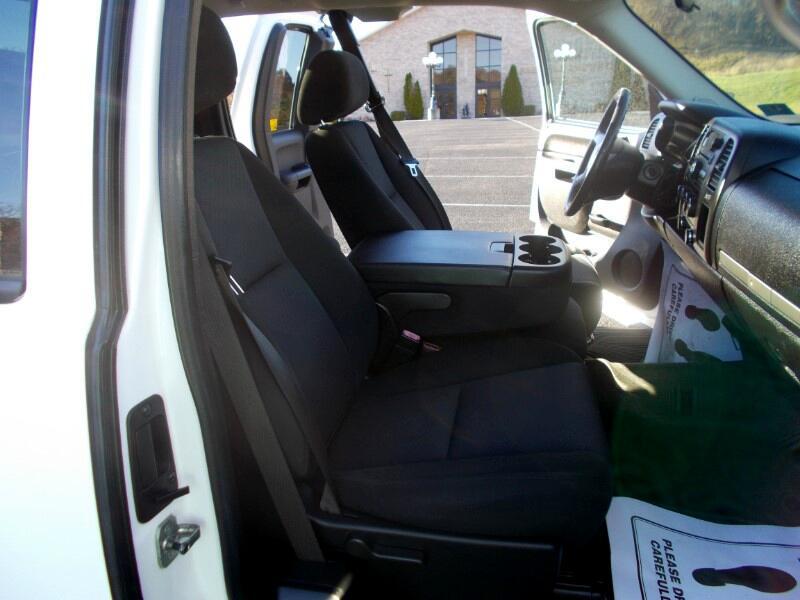 2010 Chevrolet Silverado 1500 4WD Ext Cab 134.0