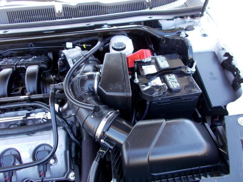 2011 Ford Taurus SE FWD