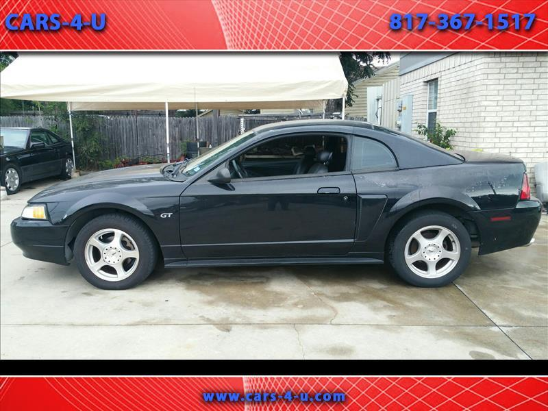 Ford Mustang GT Deluxe Coupe 2003