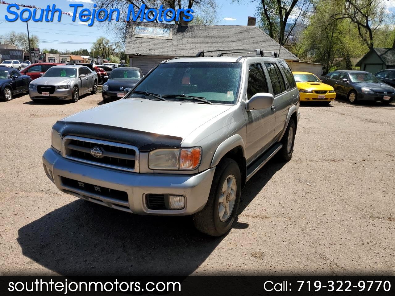 2000 Nissan Pathfinder XE 4WD