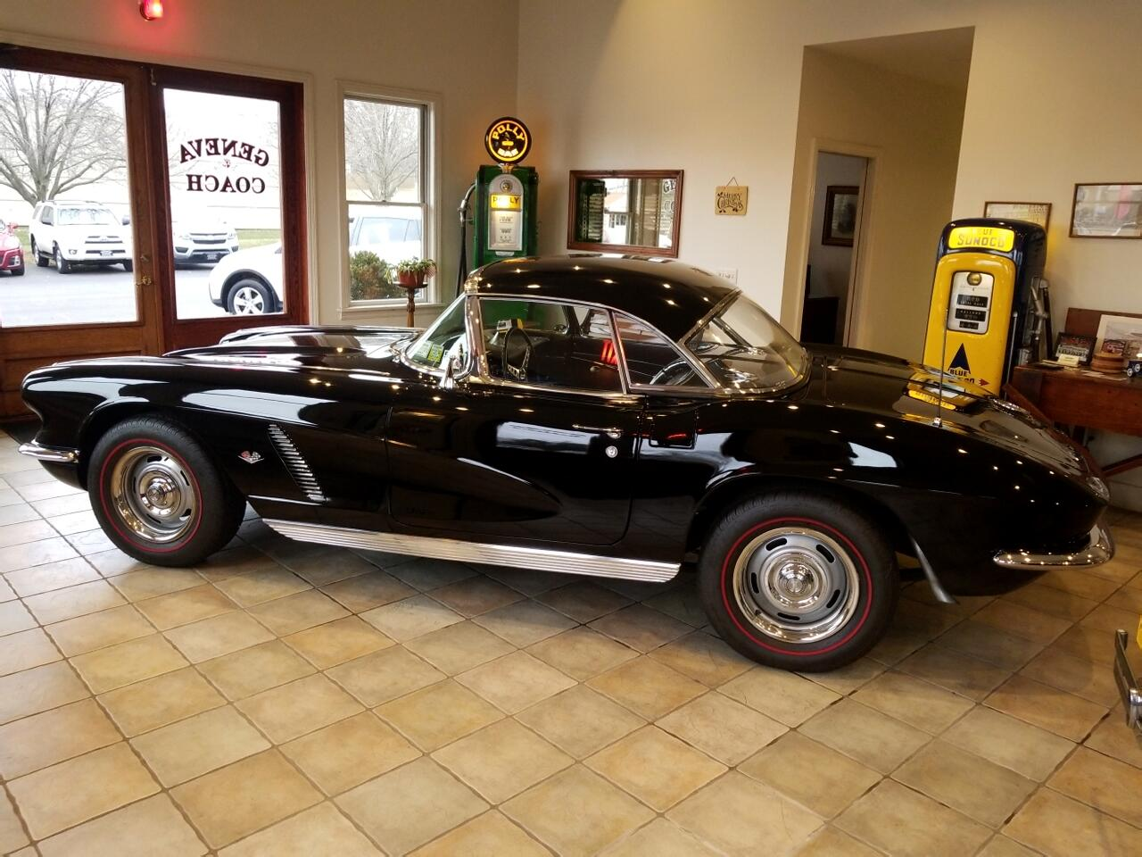 1962 Chevrolet Corvette 2dr Convertible