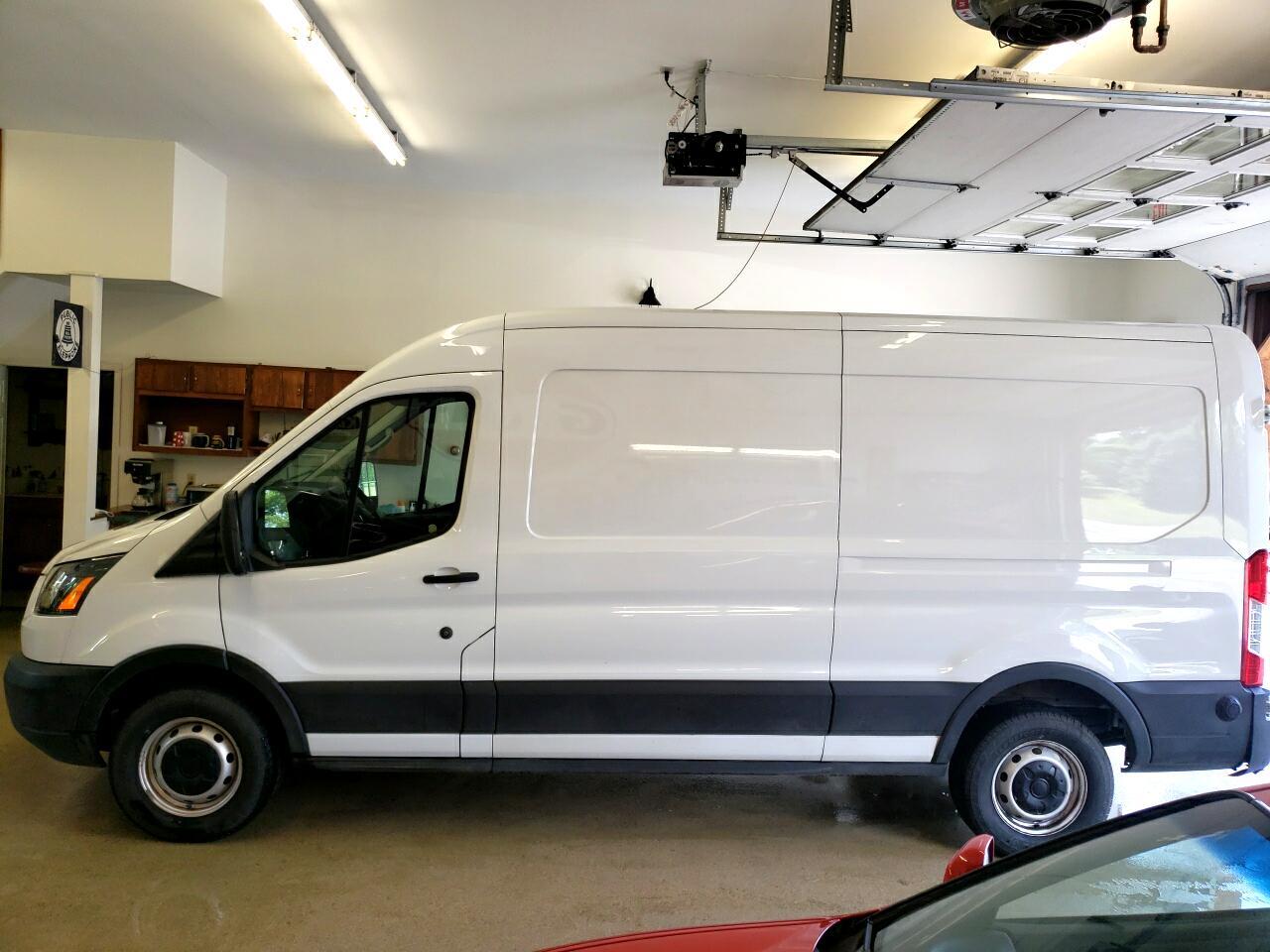 "Ford Transit Van T-250 148"" Med Rf 9000 GVWR Sliding RH Dr 2019"