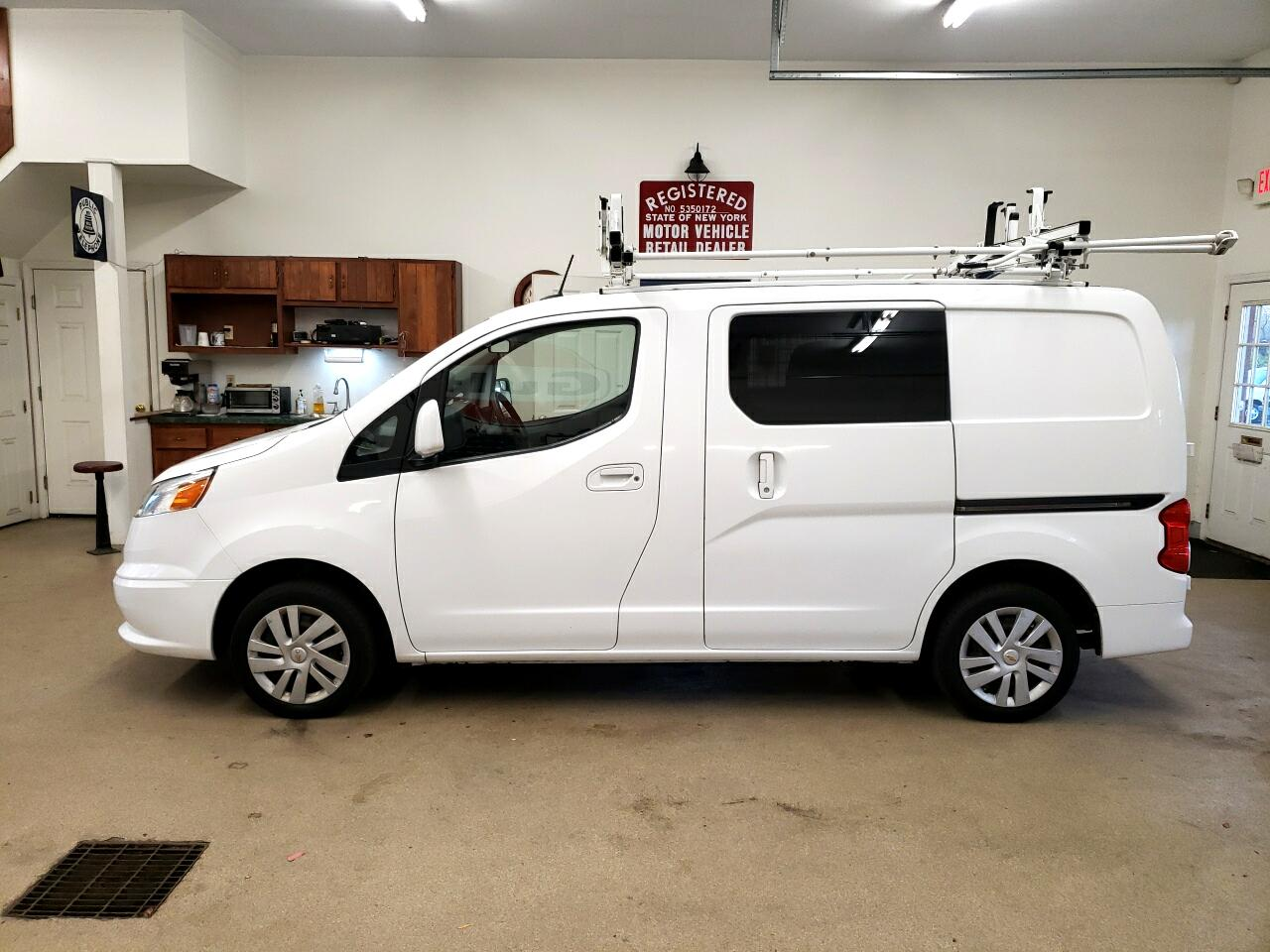 "Chevrolet City Express Cargo Van FWD 115"" LT 2015"