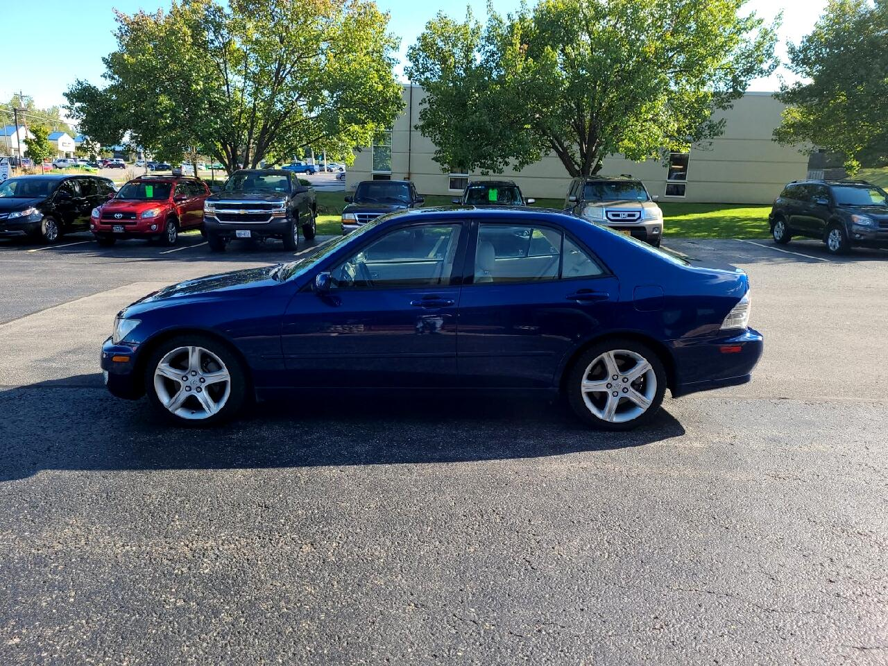 Lexus IS 300 4dr Sdn 2001