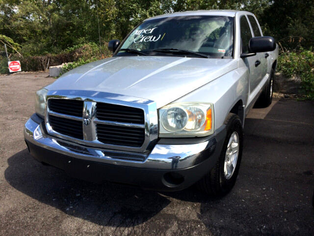 2005 Dodge Dakota 4WD Crew Cab SLT