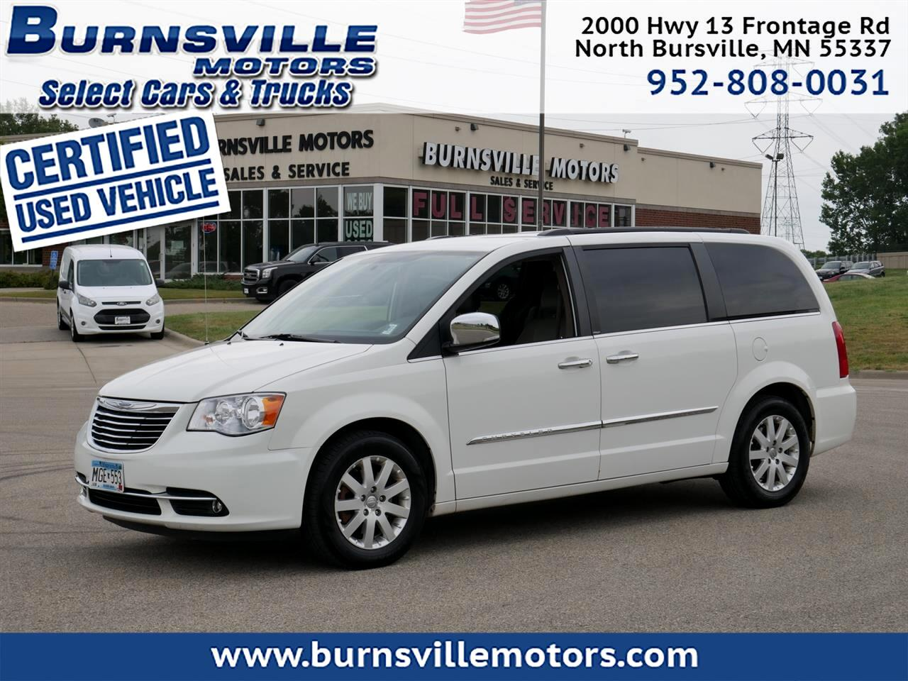 Chrysler Town & Country Touring-L 2012