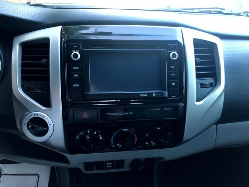2015 Toyota Tacoma Double Cab V6 5AT 4WD