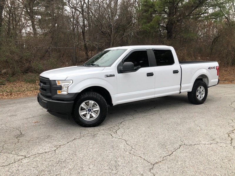 Ford F-150 XL SuperCrew 4WD 2017