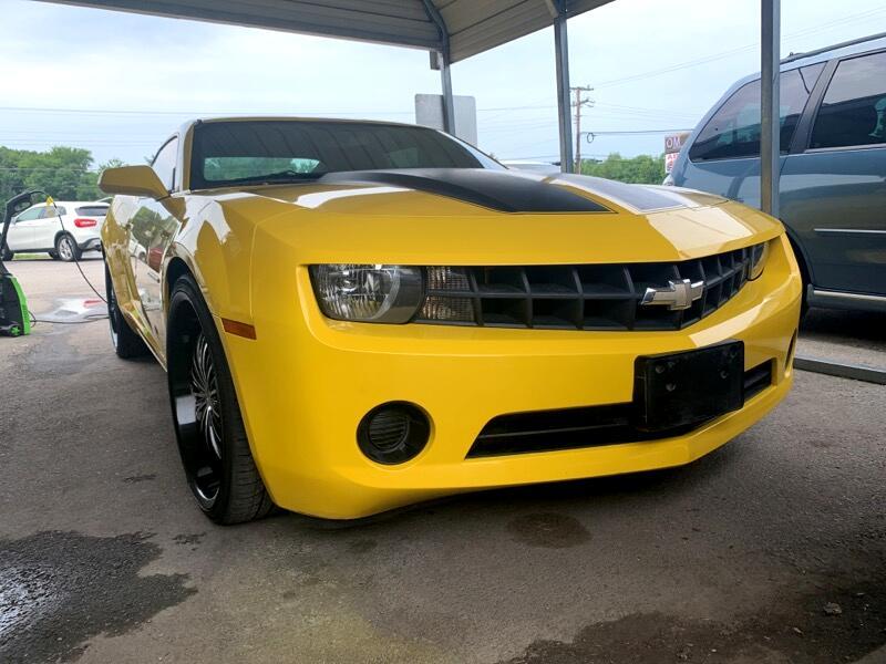 Chevrolet Camaro LS Coupe 2013