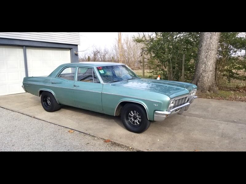 Chevrolet Impala 4dr Sdn 1966