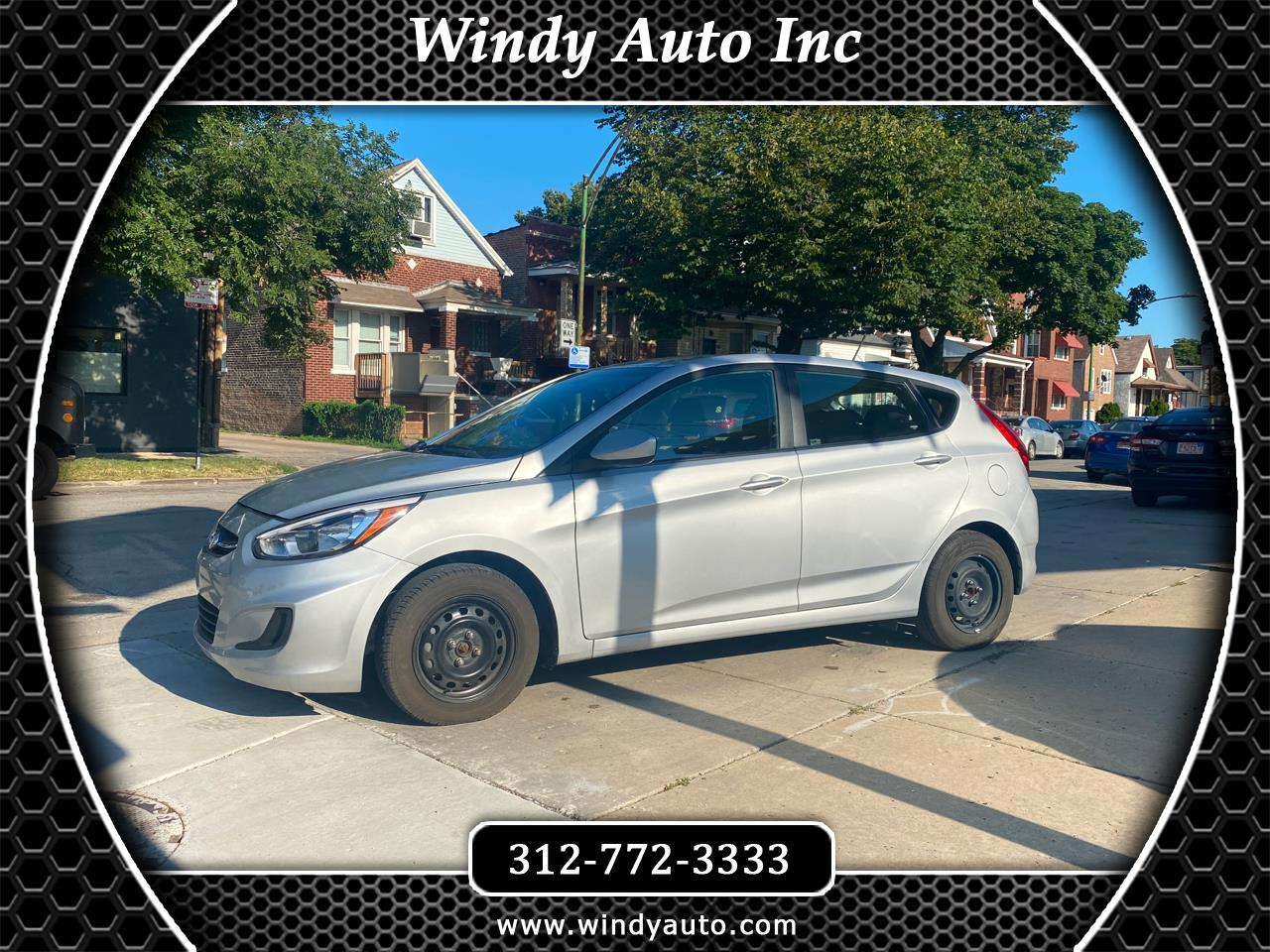 Hyundai Accent SE 5-Door 6A 2017