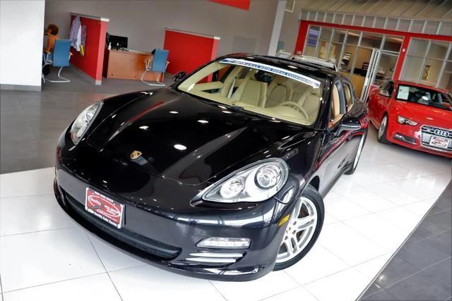 2011 Porsche Panamera AWD