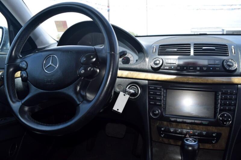 2008 Mercedes-Benz E-Class 4dr Sdn 5.5L RWD