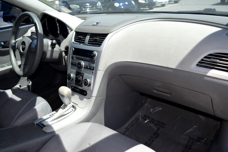 2008 Chevrolet Malibu 4dr Sdn LS