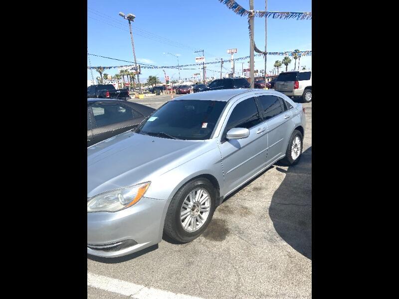 Chrysler 200 LX 2012