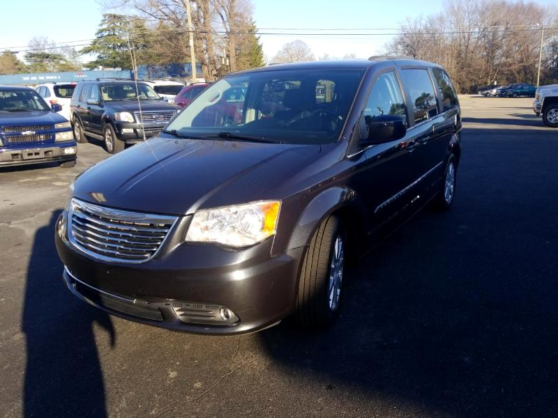 2014 Chrysler Town & Country 4dr Touring FWD