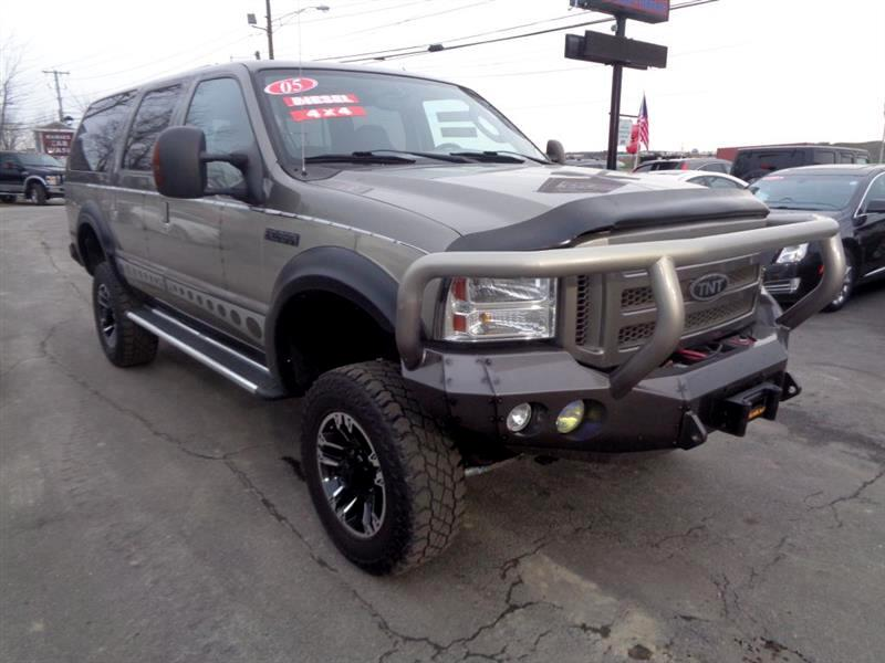 "2005 Ford Excursion 137"" WB 6.0L Eddie Bauer 4WD"