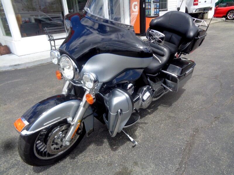 2012 Harley-Davidson FLHTK