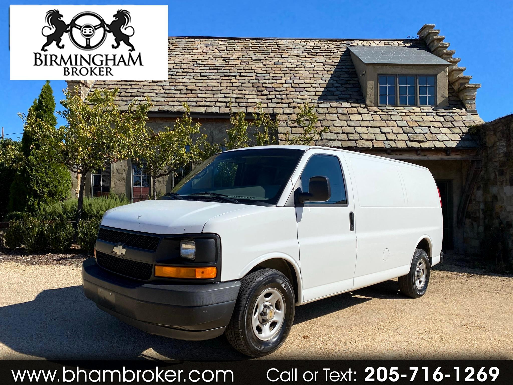 "Chevrolet Express Cargo Van 1500 135"" WB RWD 2004"