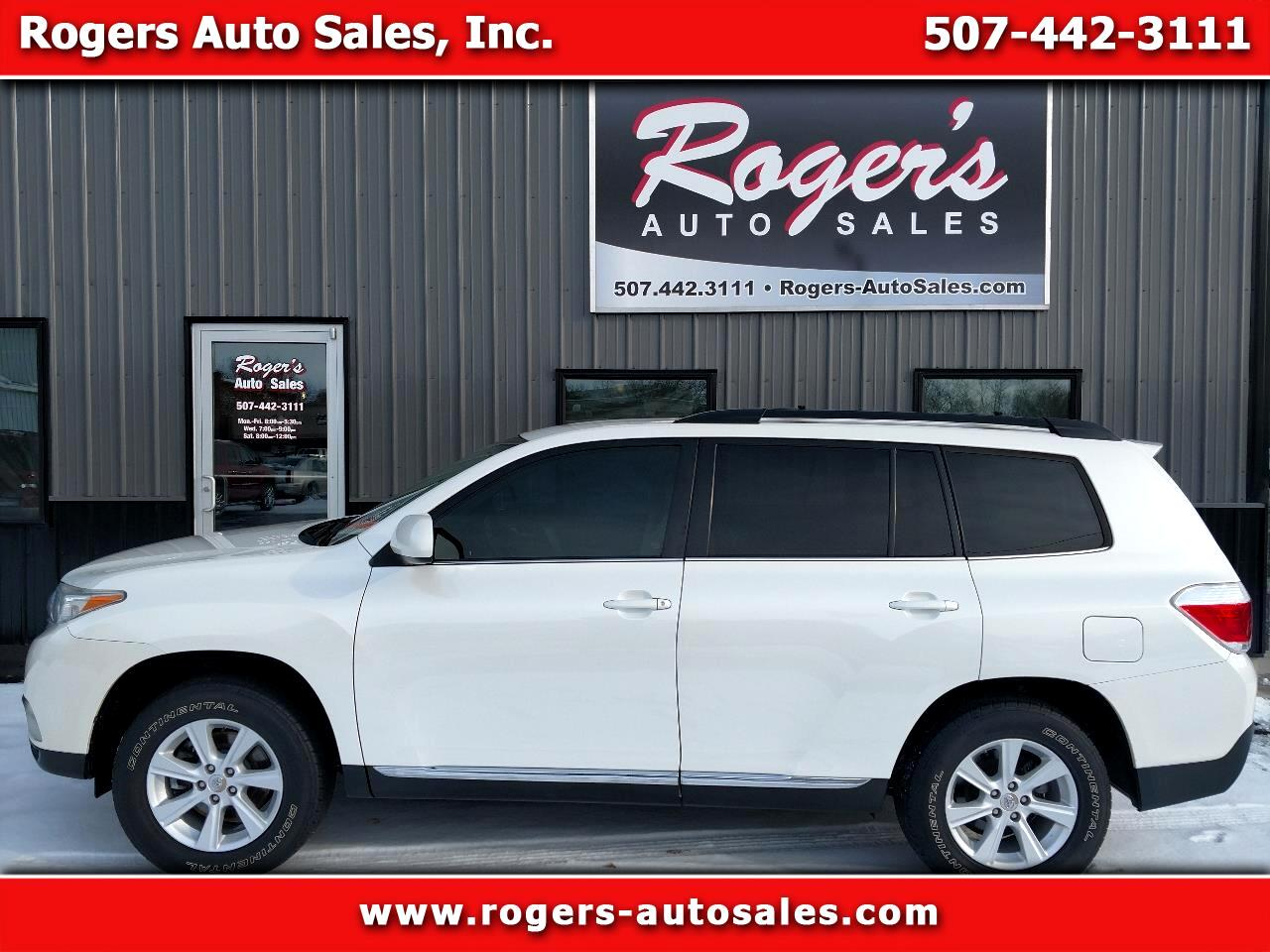 2011 Toyota Highlander V6 4WD with Third Row Seat
