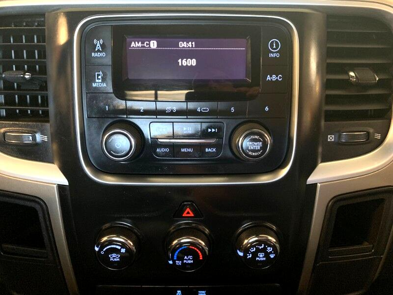 2013 RAM 1500 SLT LWB 2WD