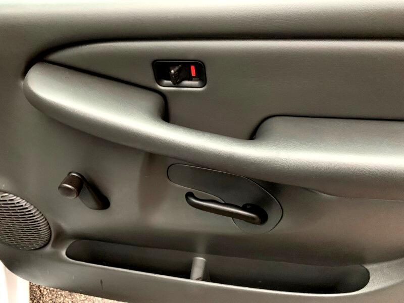 2003 Chevrolet Silverado 1500 LS Long Bed 2WD