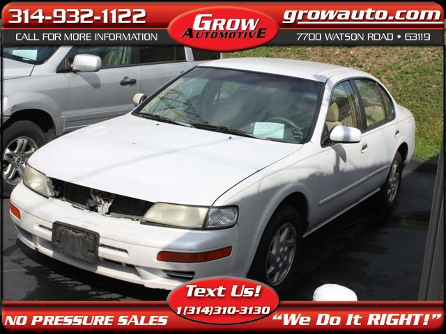 1998 Nissan Maxima 4dr Sdn GXE Auto