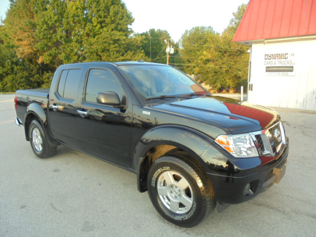 2014 Nissan Frontier SV Crew Cab AT 2WD