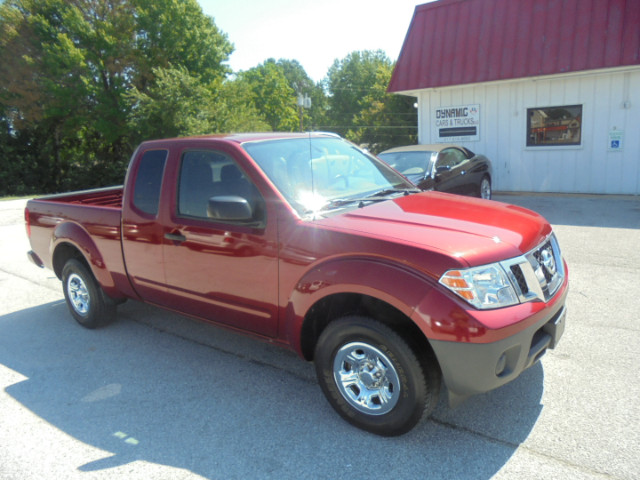 2017 Nissan Frontier S King Cab AT 2WD