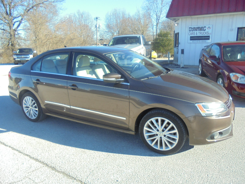 2014 Volkswagen Jetta TDI Premium package w/Navigation and Sunroof