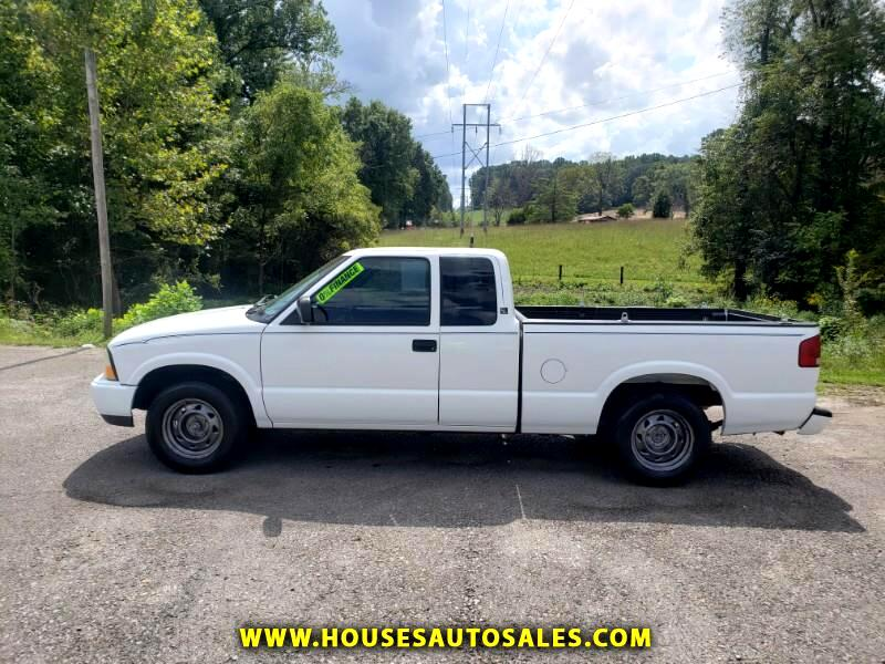 GMC Sonoma SL Ext. Cab Short Bed 2WD 2001
