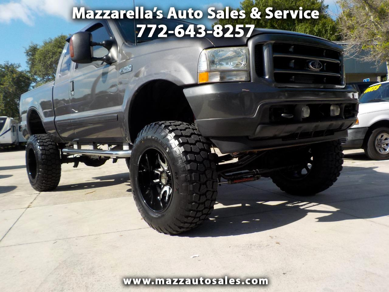 """2003 Ford Super Duty F-250 Supercab 142"""" Lariat 4WD"""