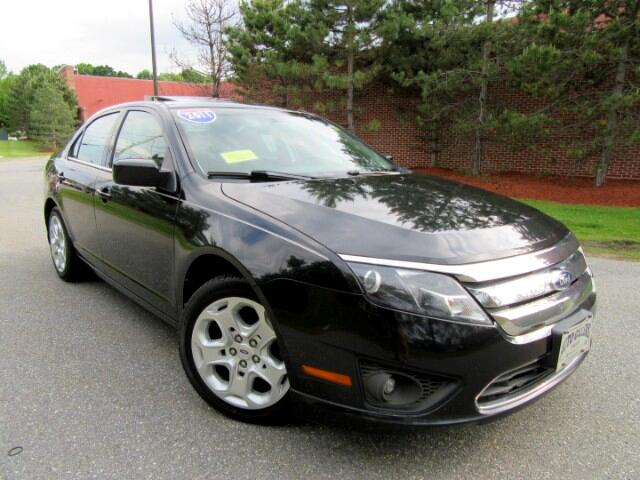 2011 Ford Fusion V6 SE MOON ROOF