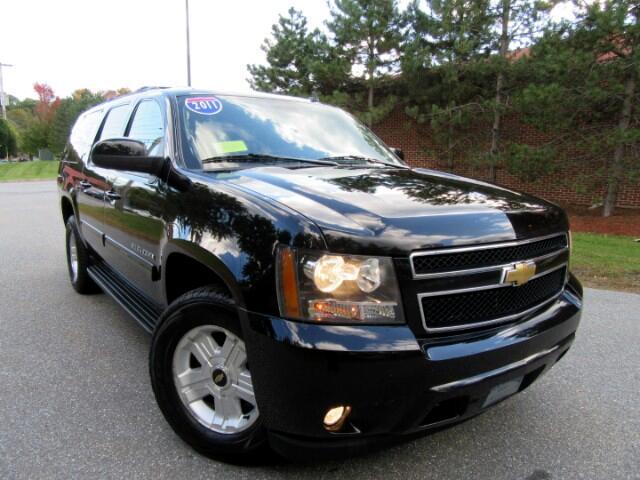 2011 Chevrolet Suburban LT 1500 4WD Navigation DVD Entertainment