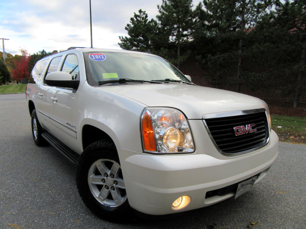 2012 GMC Yukon XL 4WD 1500 SLT  LEATHER DVD ENTERTAINMENT