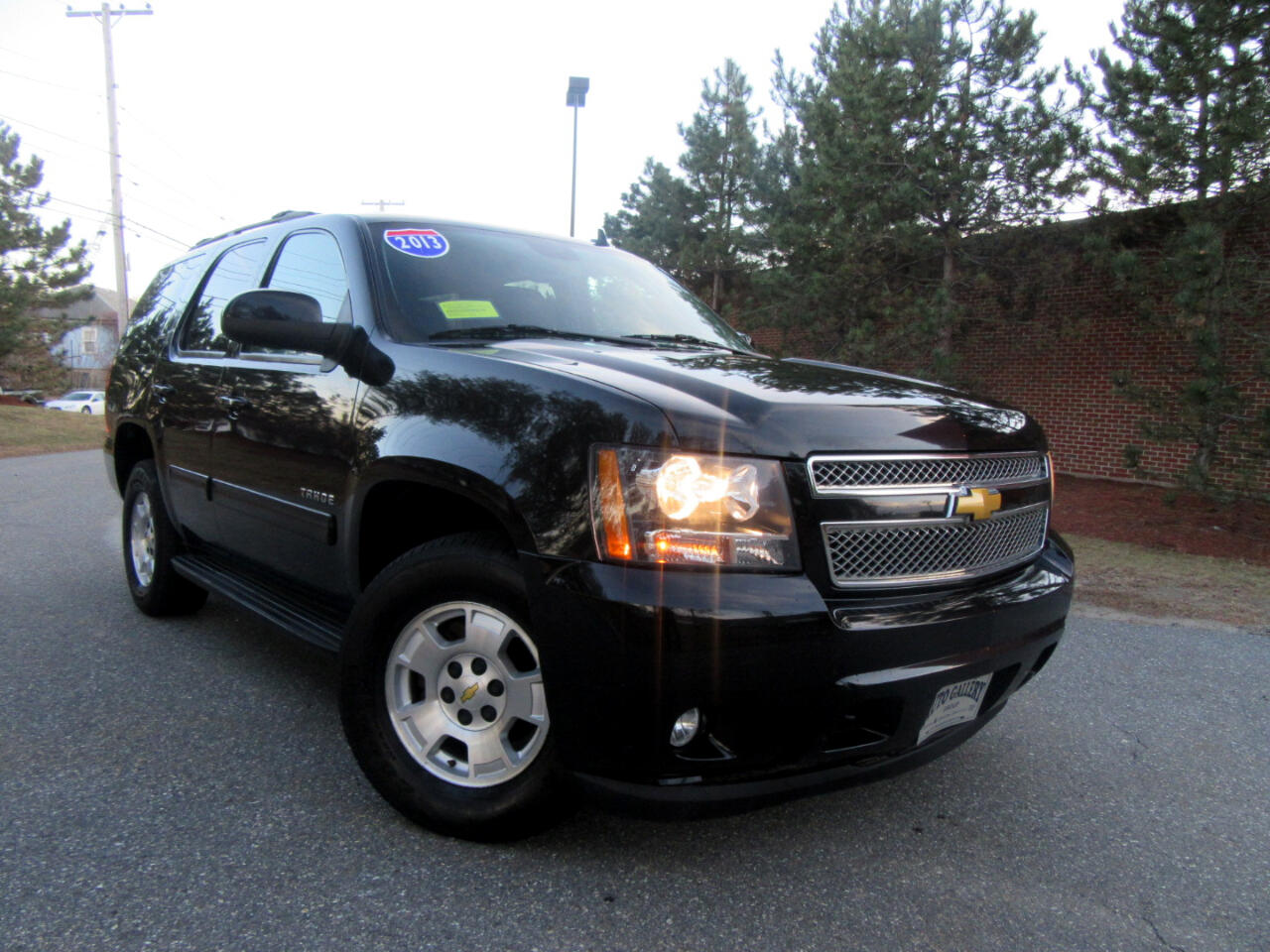 2013 Chevrolet Tahoe 4WD 1500 LT  Leather DVD Entertainment