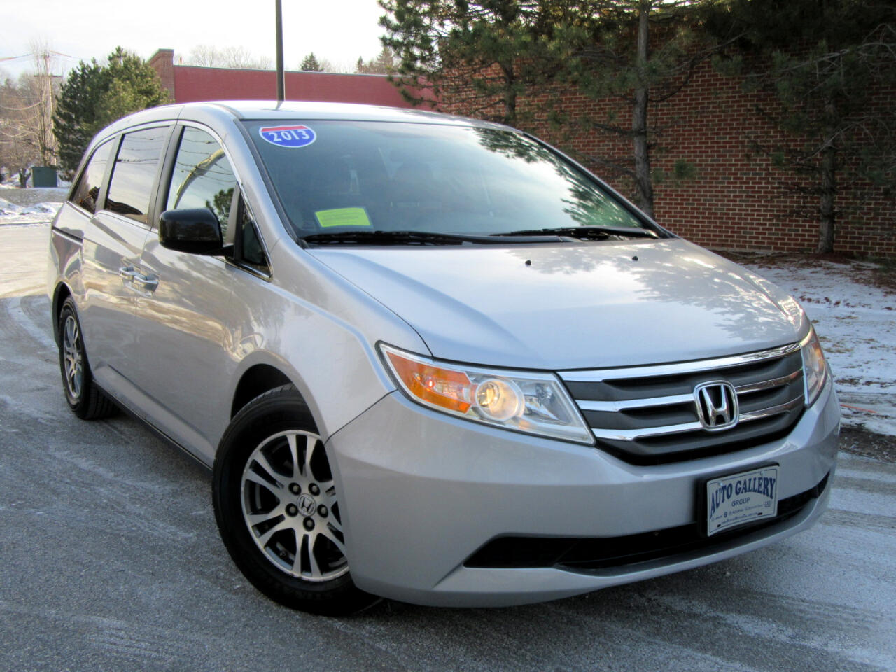 2013 Honda Odyssey 5dr EX 8 Seating Backup Camera