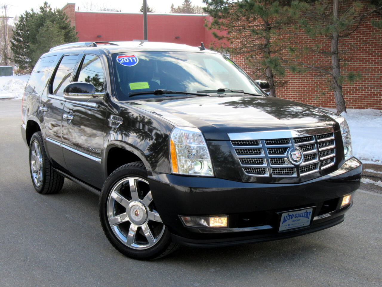 2011 Cadillac Escalade AW 4dr Premium Navigation DVD Entertainment