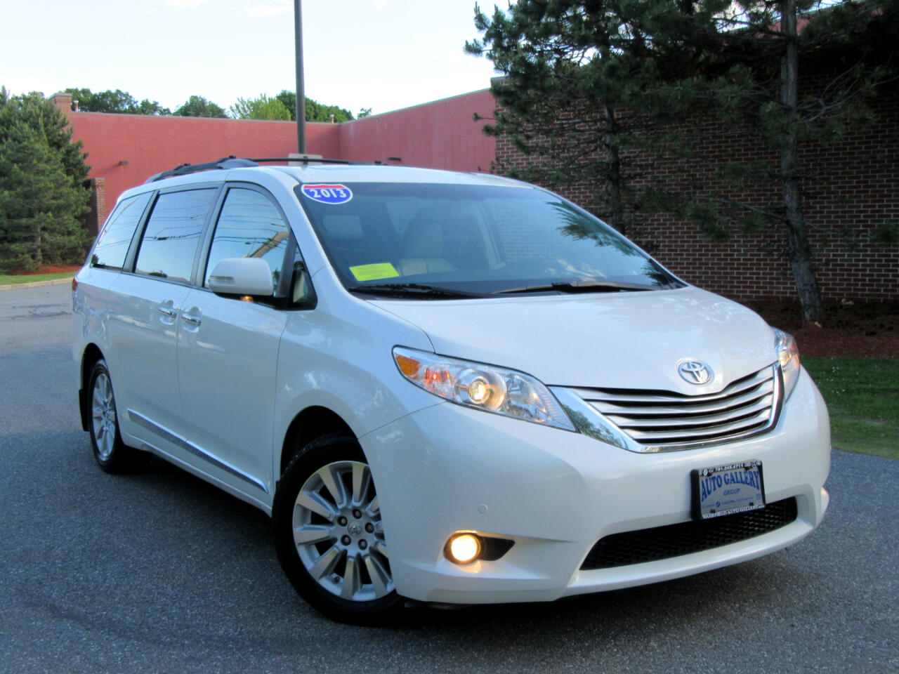 2013 Toyota Sienna 5dr 7-Pass Van V6 Ltd AWD (Natl)